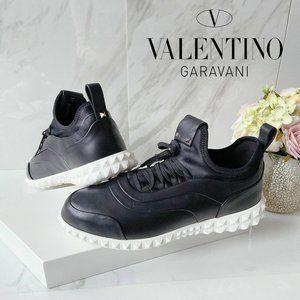 Valentino Garavani Mens Rockstud Sneaker Black 8